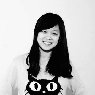 Shing-Yun Chiang promoting her love of cats with her cat sweatshirt